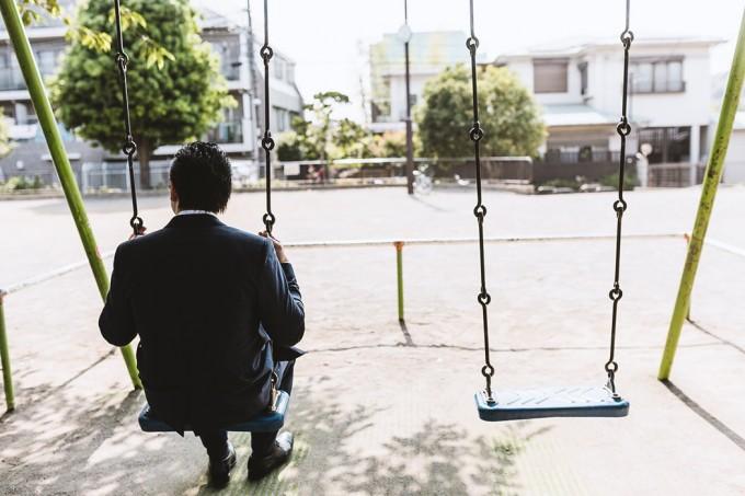 日本の不況により「リストラ」や「倒産」