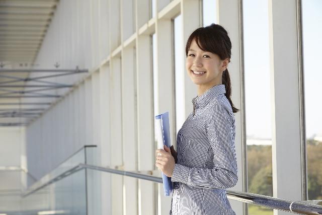 保育士から違う職種へ「履歴書の書き方」転職に使える4つの志望動機